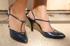 Vintage 1960s Navy heels by Dominic Rico by FrocksnFrillsVintage, $65.00