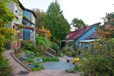 Welcome to Duwamish Cohousing, located in West Seattle. We are an active cohousing community of 23 residential condos with common grounds and facilities, participatory governance, plenty of community activities, and diversity. Living in a pocket of nature, our units face the community pathway and are surrounded by lush grounds to foster community and connection to the natural world.