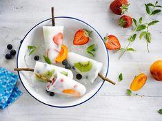 Fabriquer ses glaces maison ? Cap ! Comme les blogueuses cuisine ou les foodistas d'Instagram, on réalise ses esquimaux glacés maison... Parce qu'aux fruits...