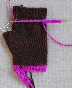 Whit's Knits: Hand Warmers and Flip Top Mittens - The Purl Bee - Knitting Crochet Sewing Embroidery Crafts Patterns and Ideas!