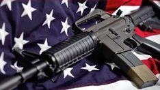 richtet immer wieder Amok-Blutbäder an Custom Guns, Pistols, Bad, Knives, Assault Rifle, Guns, Knife Making, Knifes, Hand Guns