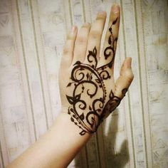 Mehndi Designs will blow up your mind. We show you the latest Bridal, Arabic, Indian Mehandi designs and Henna designs. Modern Henna Designs, Best Mehndi Designs, Mehndi Designs For Hands, Simple Designs, Mehndi Art, Henna Art, Mehendi, Grateful Dead Tattoo, Mendi Design