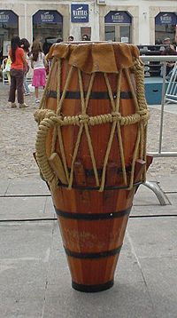 Brazil's musical culture is a wonderfully energizing blend of African and Latin cultures. Brazil Music, Brazil Brazil, Instrument De Percussion, Bongos, Didgeridoo, Music Covers, World Music, Sound Of Music, Musical Instruments