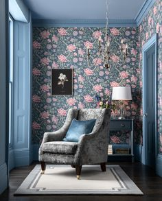 Looking for a statement print for your living room space? Surround yourself in the rich colours and sumptuous fabrics the Floral Tapestry collection has to offer and make your interior dreams a reality.
