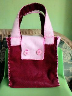 Goodybag felt