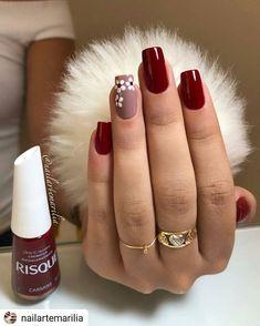 nails - Não fique fora da moda, veja essa dica e ligada nas tendência de lindas unhas! Cute Acrylic Nails, Glitter Nails, Cute Nails, Pretty Nails, Gel Nails, Burgundy Nails, Burgundy Nail Designs, Nagel Gel, Flower Nails
