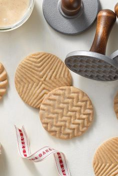 Brown Butter Stamp Cookies Recipe - King Arthur Flour. Dan's favorite, sans glaze.