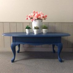 Coffee table makeover using Sapphire Skies chalk furniture paint by Superior Paint Co. Chalk Paint Furniture, Steel Furniture, Furniture Sale, Furniture Makeover, Chalk Paint Colors, White Chalk Paint, Painted Coffee Tables, Decorating Coffee Tables, Best Iced Coffee