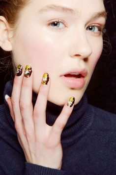 Fall Winter Nail Trends multicolored nail design