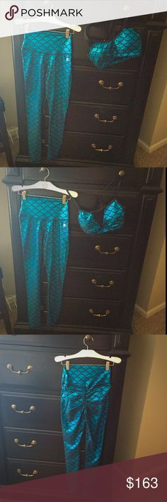 Abs2BFitness Apparel Turquoise Mare Set! Beautiful Abs2BFitness Turquoise Mare Booty Scrunch High Rise Leggings with 2 Matching Bras! The bras are size M (A-C) the leggings are size Small 0-4. I wear a 34/36D & I fit into the M bras, but everyone's body is different so I would stay within the range of A-C cup just to be safe. The bras do have some padding. This set was only worn once. The leggings retail for $70 & the bras cost $38 each all before tax & shipping. Check out my other…