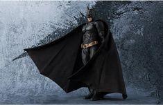 December,2017 New Arrival😛😛 SHF batman The Dark Knight Action Figure Click link to get it: https://otakuplan.com/collections/december-2017-new-arrival/products/s-h-figuarts-figuart-batman-the-dark-knight-action-figure?utm_content=buffer3ff10&utm_medium=social&utm_source=pinterest.com&utm_campaign=buffer  Free Shipping+ No Custom Taxes!  👏  💡otakuplan.com Follow @otakuplanshop for more discount 🕹