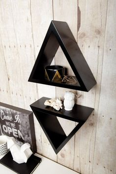 Tri Triangle Shelf - Black - Set of 2