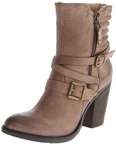 Steve Madden Women's Raleighh Motorcycle Boot Quality Boots on SALE ! High Heel Boots, Heeled Boots, Harley Davidson Boots, Comfortable Boots, Cool Boots, Women's Boots, Motorcycle Boots, Boots For Sale, Steve Madden Shoes
