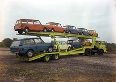 Guy Big J Transporter & a load of Minis (including Clubman Estate) & an early Range Rover Old Vintage Cars, Vintage Auto, Old Cars, Old Lorries, Van Car, Range Rover Classic, Car Carrier, Dreams And Nightmares, Classic Mini