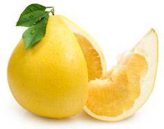 Pomelo je jeden z najväčších citrusových plodov na svete. Jeho plod dorastá až do 5kg, ale v predaji sa nachádzajú veľkosti do 1kg. Pomelo je kríženec medzi pomarančom a grapefruitom no jeho chuť je úplne rozdielna od obidvoch, keďže je sladké a chutné, pričom nemá žiadnu známku horkosti.