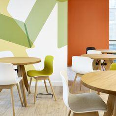 Audit Scotland, Office Interior, Furniture Installation by Tsunami-Axis. Image © David Cadzow