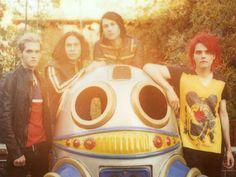 My Chemical Romance ~ Killjoys ~ by ~alamniezmusilaxd