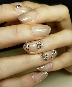 "nude nails w/ rhinestone accent nail & glitter tips - nailist Shina (@shinanail): ""Bridal nail ❤ 大切なブライダルネイルをお任せ頂きました✨✨ #naildesign  #nails #nailartlover #jel #jelnail #ネイル #ネイルデザイン…"" manicure / nailart"