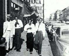Elmore James, Sonny Boy Williamson, Tommy McLennan and Little Walter, Chicago ca. 1953