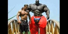 Real-Life Hulk Exists.. Except That He's Not Green.. (10 Photos)