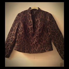 JUST REDUCED. Jacket Elegant fitted jacket. V-neck with zipper. U detectable pin-size hole in lower inner part of right sleeve. Size is petite - 10. Brown/black. Louben Jackets & Coats Blazers