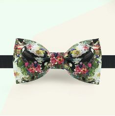 Floral bowtie Botanical bowtie Tropical by GentlemansDignity