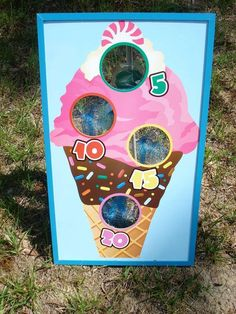I want to play this at my next birthday (: ice cream party game Ice Cream Theme, Ice Cream Party, Ice Cream Games, Kids Party Games, Birthday Party Games, Candy Party Games, 3rd Birthday, Candy Land Birthday Party Ideas, Birthday Ideas