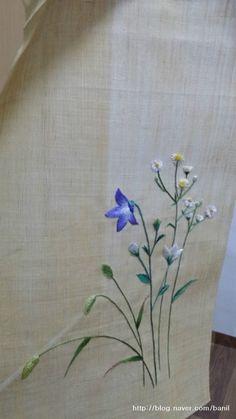(요건 제 작품 ~ 6월의 싱그러운 풀을 수 놓아보자하고 고른 도라지&개망초&강아지풀~입니다.) 2년...