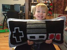Yarn Bending: Nintendo Controller Pillow