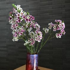 Glass Vase, Illustration, Plants, Home Decor, Illustrations, Flora, Interior Design, Home Interior Design, Plant