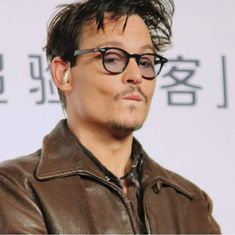 Hot Actors, Actors & Actresses, Johnny Depp Pictures, My Baby Daddy, Cinema Movies, Jack Sparrow, Pirates Of The Caribbean, Hollywood Celebrities, Cool Pictures