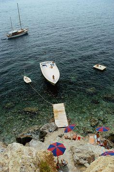 Sailing away. Porto Ercole #youneedavacation    @sommerswim