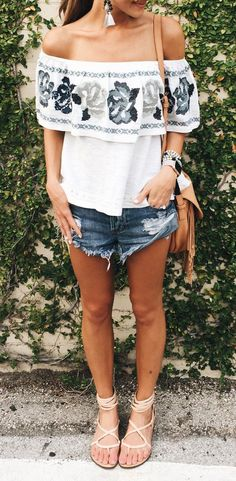 summer fashion off the shoulder embroidered top