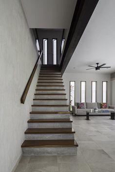 Estudio multidisciplinario enfocado en el diseño arquitectónico, de interiores y en la construcción.