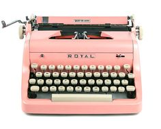 MINT 1955 Pink Royal Quiet De Luxe Typewriter par Retroburgh