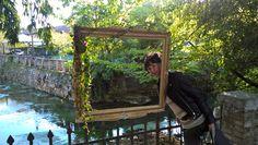 Strassoldo Primavera con picture at an exhibition..