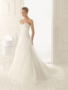 Attractive Organza A-line Style With Softly Gathered Skirt New Style Sweetheart Wedding Dress Is Your Favourite   A Line Wedding Dress Lace Up