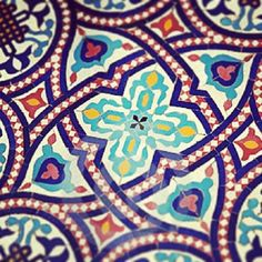prettytiles:  #islamic  #tile #mosaic #colorful #design #architecture #algerian #moroccan #arabic by hiziiii http://ift.tt/1mzISMN