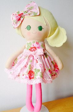 Sweet 15 inch (38 cm) soft cloth rag doll made using designer cotton fabric, Wool Felt and filled with anti-allergenic soft polyester filling. made from DOlls and Daydreams pattern