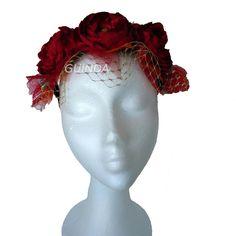 Nuevo tocado de encargo modelo ANA. Corona de flores.