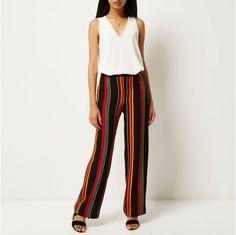 Trousers for Women Pantalon Large, Wide Leg Trousers, Striped Pants, Black Stripes, Woven Fabric, Sewing Patterns, Leggings, Stripe Pattern, Model