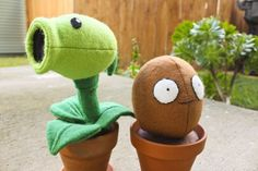 Plants vs Zombies plush toys.