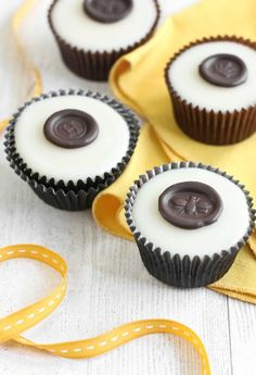 "Chocolate ""wax"" seals on poured fondant honey cupcakes from Sprinkle Bakes by Heather Baird"
