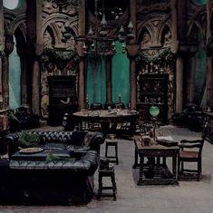 Les 12 meilleures images de Addams family mansion