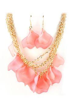 Blush Petal Necklace & Earrings. WANT!