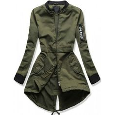 Military Inspired Fashion, Military Fashion, Mode Outfits, Casual Outfits, Hijab Fashion, Fashion Dresses, Army Look, Jackets For Women, Clothes For Women