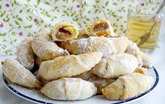 crustycorner: Martinské rohlíčky (ne kynuté) - My site Baking Recipes, Cookie Recipes, Snack Recipes, Snacks, Eastern European Recipes, Czech Recipes, Happy Foods, Mini Desserts, Sweet Recipes