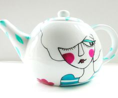 love this teapot