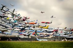 Five Hours of Plane Landings in 30 Seconds at San Diego International Airport video art timelapse flight airplanes
