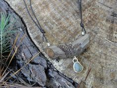 M* Jewelry / necklace / driftwood / river pebble